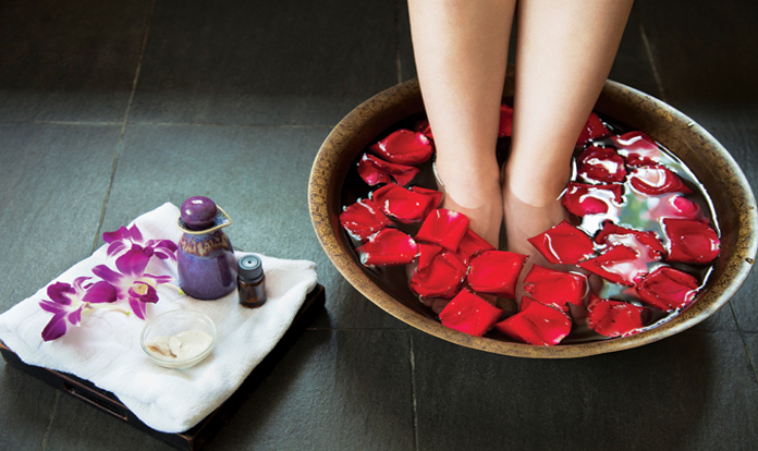 Rose water for your pedicure