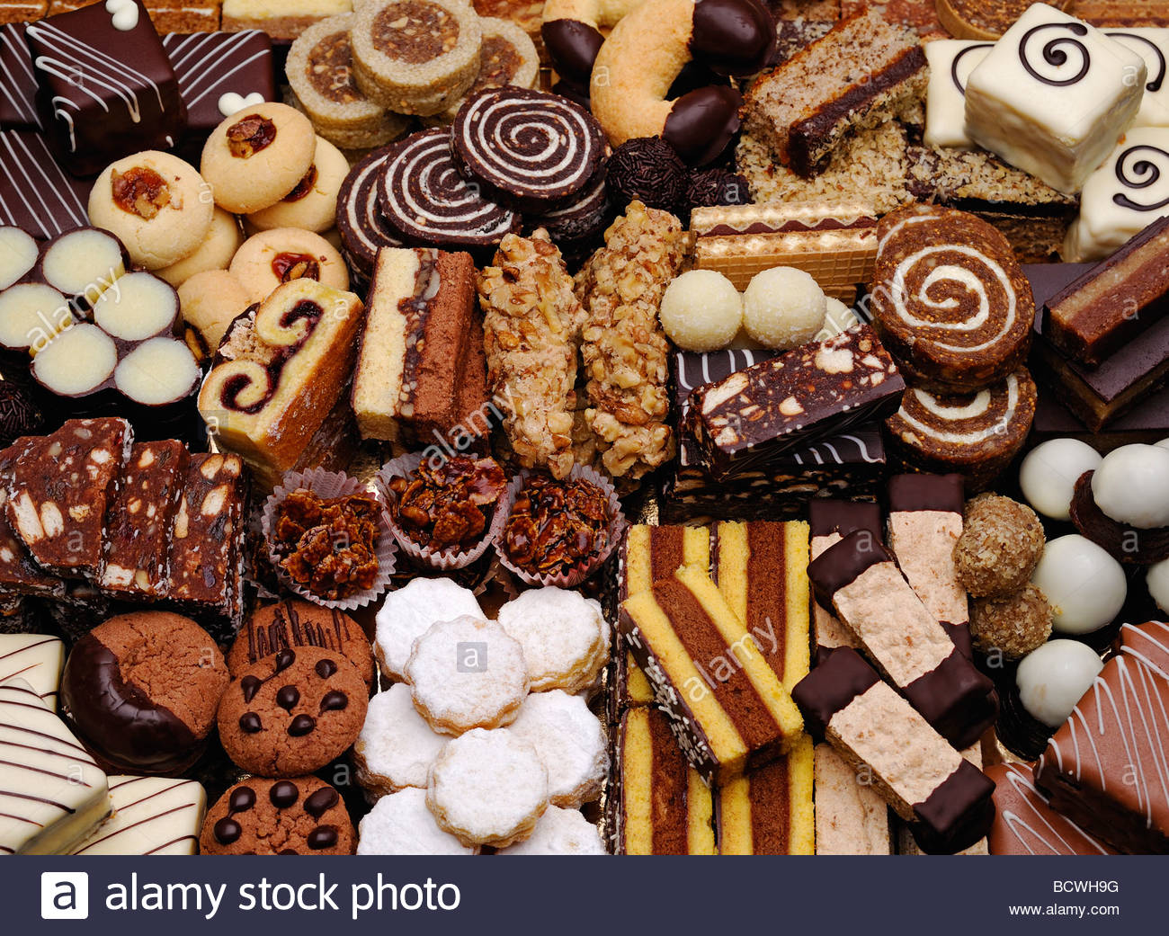 cakes-and-biscuits-BCWH9G