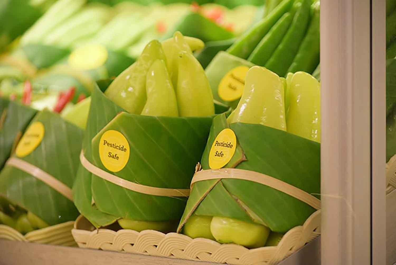 environment-ecology-supermarket-leaves-packing-plastic-reduce-thailand-4-5cab07240b2e0__700-81013