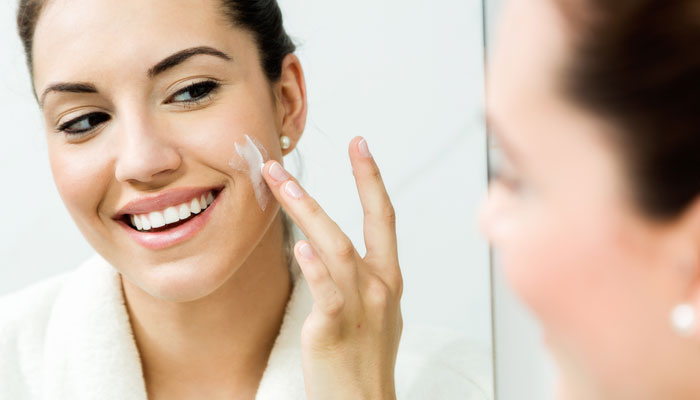 15-Multi-Tasking-Face-Creams-That-Every-Busy-Woman-Must-Have-3