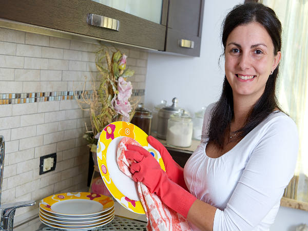 05-kitchen-cleaning-1524116378-1532065448